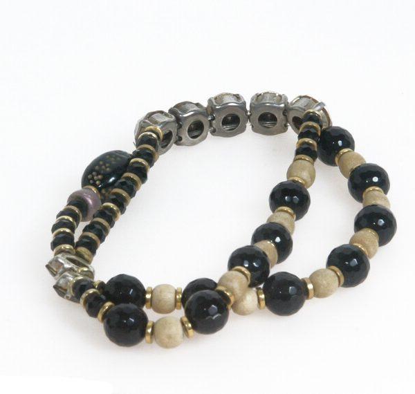 Doppio bracciale elastico con strass di perle