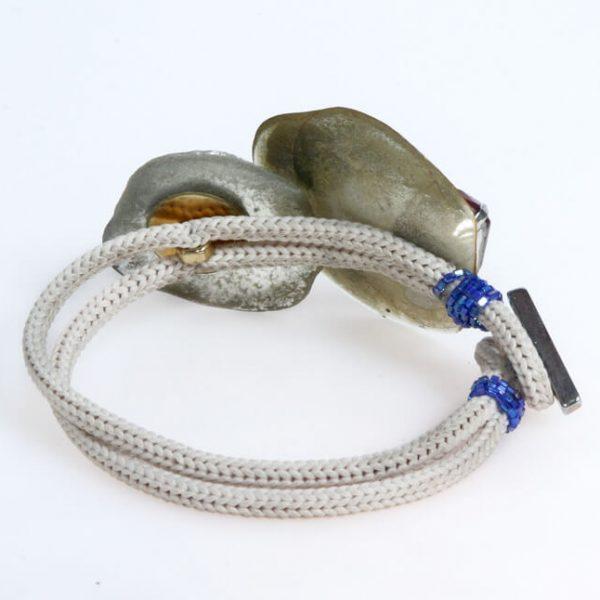 Bracciale con resine artistiche, pietre e jaiis blu cobalto